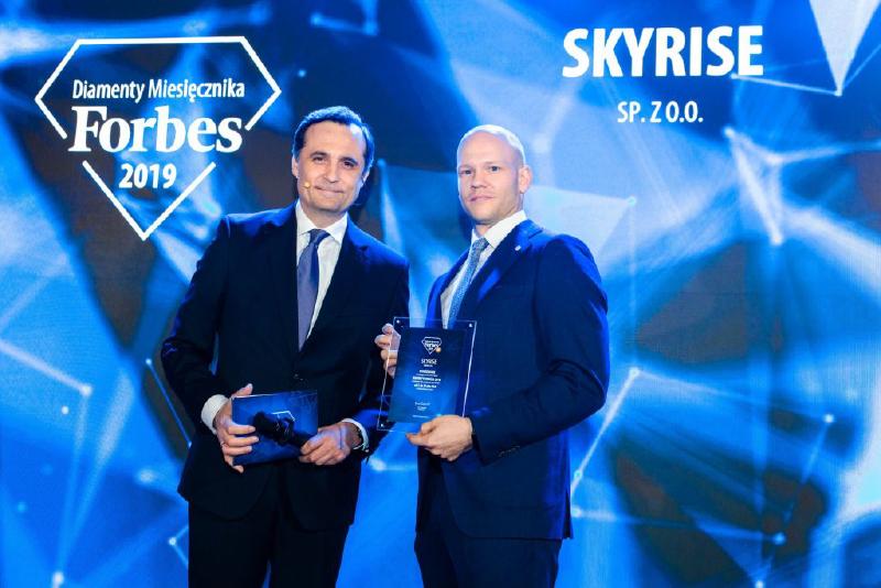 Jarosław Pilarczyk, Skyrise.tech's CEO picks up the Forbes prize